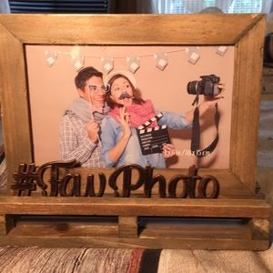 """Picture Frame for 4""""x6"""" Wooden Sit or Hang New"""